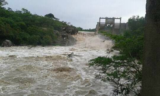Antiga Barragem de Barra da Estiva com grande volume de água. Foto: Informebarra.com.br