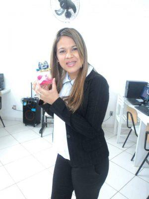 A Educadora Janilda Brandão morreu na hora.