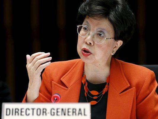 A diretora -geral da OMS , Margaret Chan, discursa em Genebra (Foto: Denis Balibouse/Reuters)