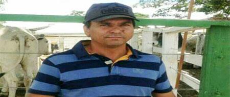 Tôe Brito (foto) é forte candidato a prefeito de Tanhaçu. Redação Informe Barra.