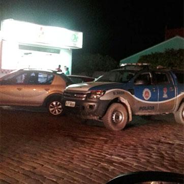 O assalto foi à farmácia Agnus Dey, no centro. Foto: Informebarra.com.br
