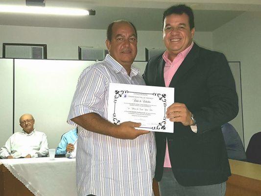 O título foi entregue pelo Deputado Estadual Marquinhos Viana
