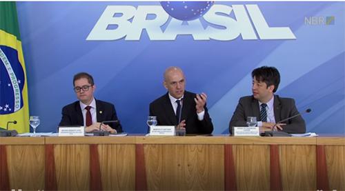 Marcelo Caetano explica regra de transição