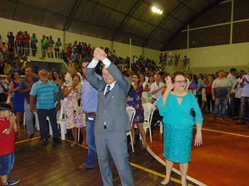Muito aplaudido, Dr. Jorge volta ao comando do município de Ituaçu. Foto: Informebarra.com.br